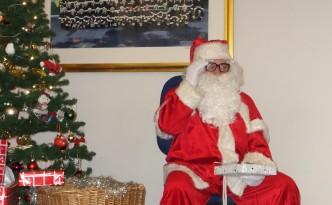 Visite du père Noël à la caserne